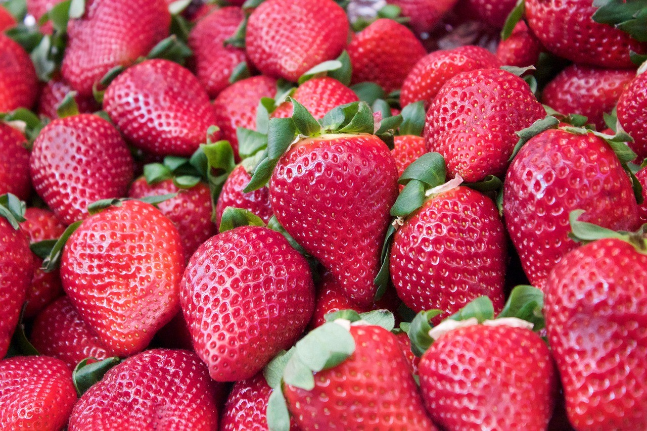 Клубника– королева ягод, так называют этот ароматный и сладкий плод