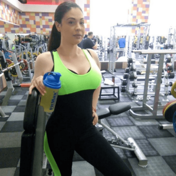 Инна Воловичева в спортзале