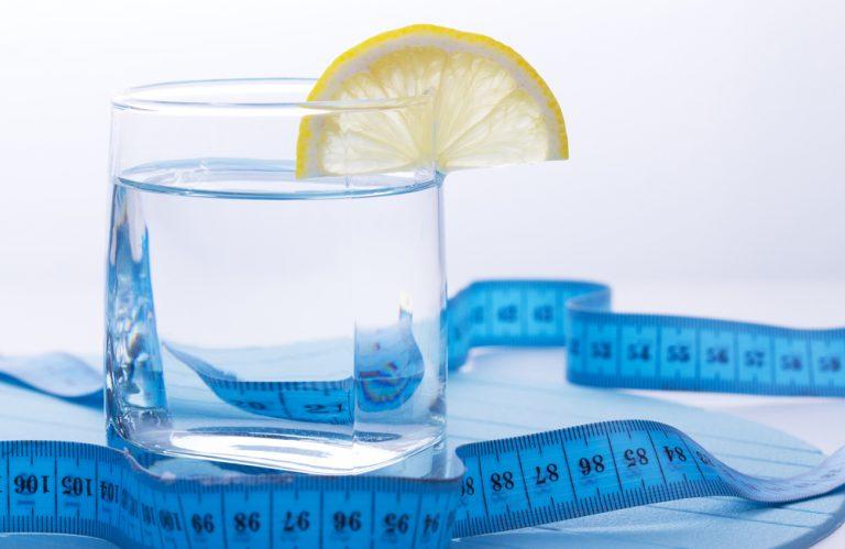 Похудеть при помощи питья и жевательной резинки